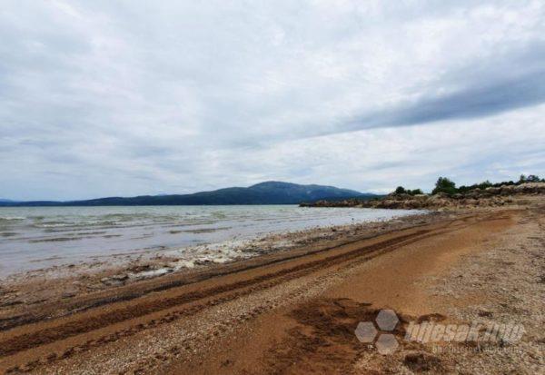 Ero s onoga svijeta: 'Migrante dovedu na Buško blato i kažu im da su u Hrvatskoj' Edit-marinovac-busko-jezero2